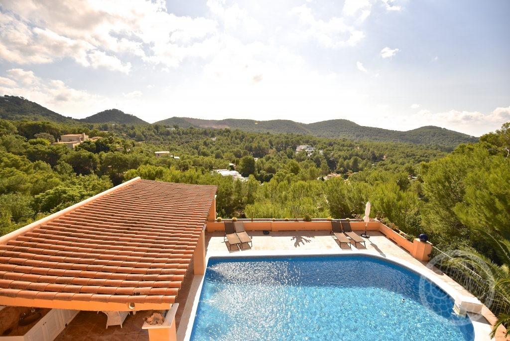 Fantastic villa in sought after location