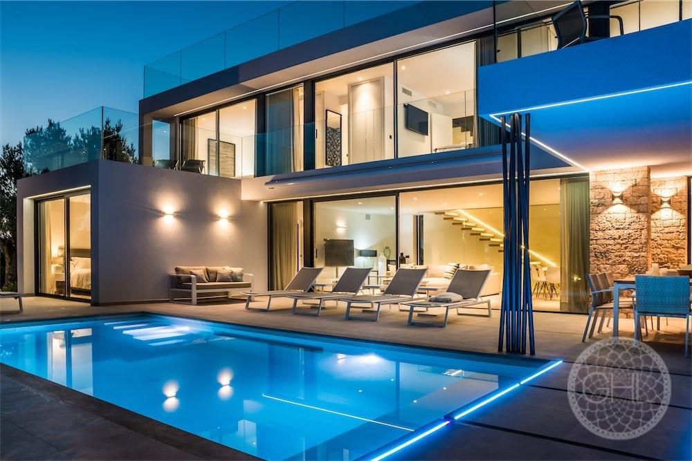 Minimalistische villa mit großartiger aussicht ghl immobilien ibiza