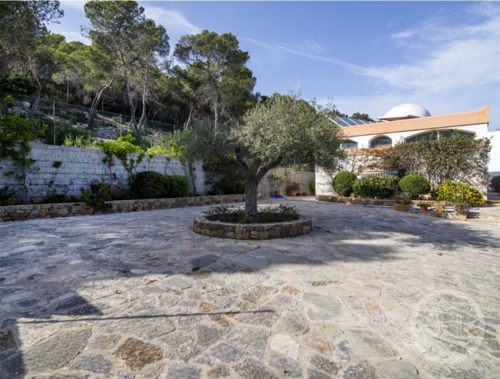 Can LLuis 5 Bedroom House For Sale In Ibiza 10 886x670 Resized