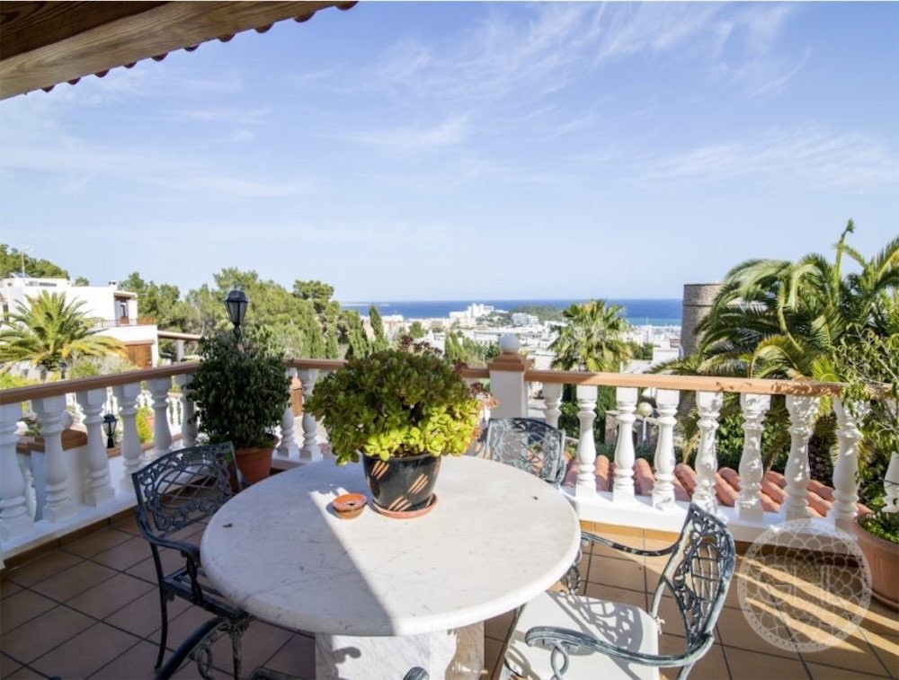 Can LLuis 5 Bedroom House For Sale In Ibiza 12 886x670 Resized
