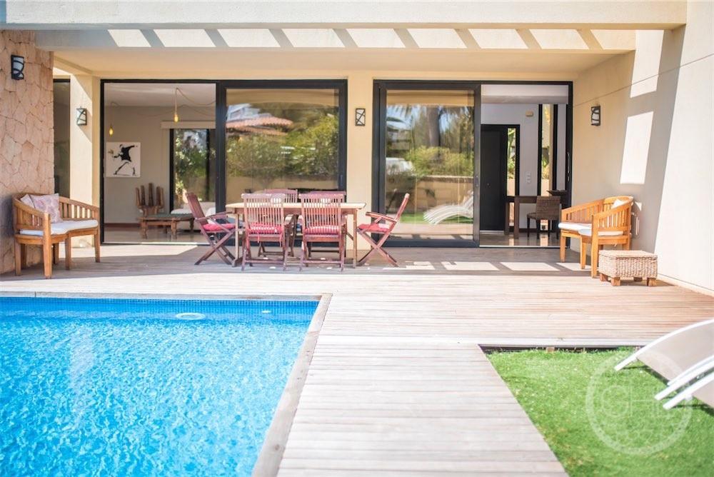 Villa moderne avec permis de location touristique proche de la mer