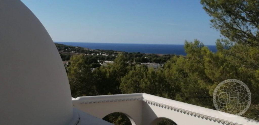Villa zu reformieren mit wunderschönem Meerblick in der Nähe von Stränden