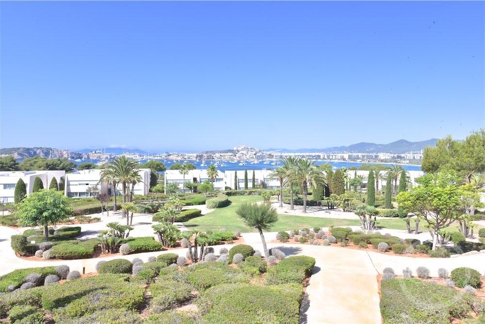 Apartamento de lujo con impresionantes vistas al mar, Dalt Vila y Formentera